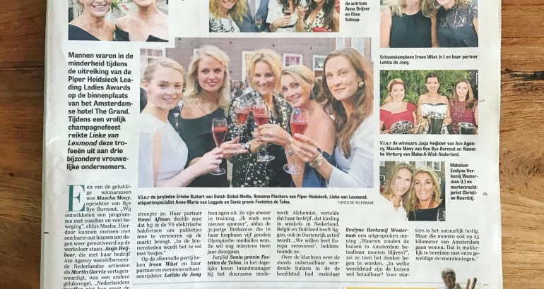 De Telegraaf – Mascha Mooy winnares Piper-Heidsieck Leading Ladies Awards 'Beste Nieuwkomer'
