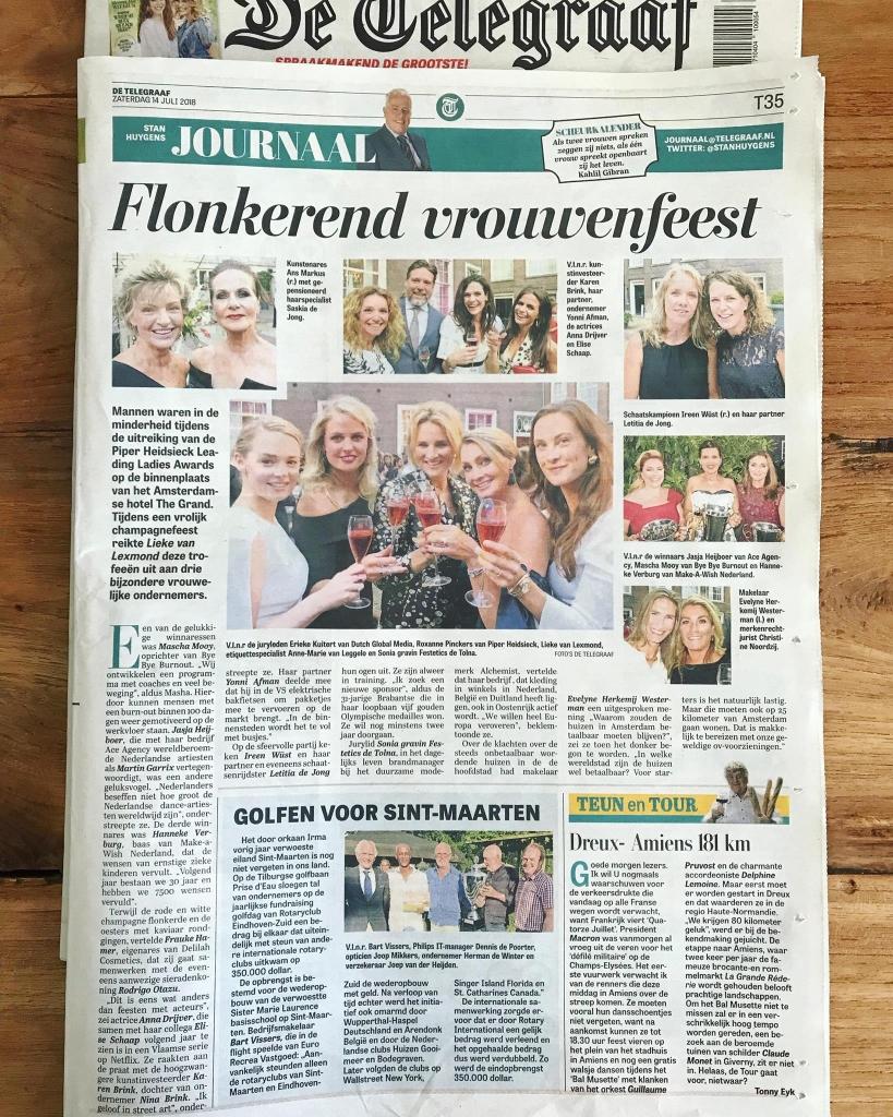 De Telegraaf – Mascha Mooy winnares Piper-Heidsieck Leading Ladies Awards 'Beste Nieuwkomer'